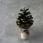 松ぽつくりのクリスマスツリー