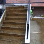 階段上部に設置された撒水器