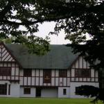 新緑の中の知事公館